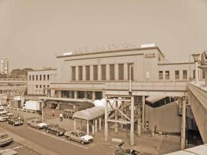 昭和八十八年の上野駅。